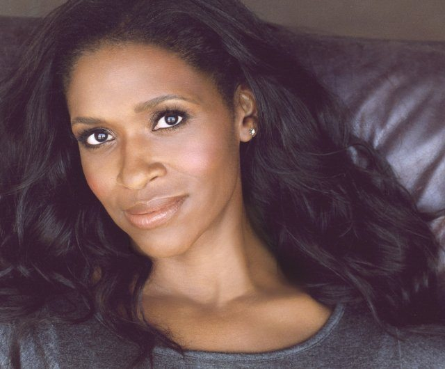 Merrin Dungey Heads to Once Upon A Time
