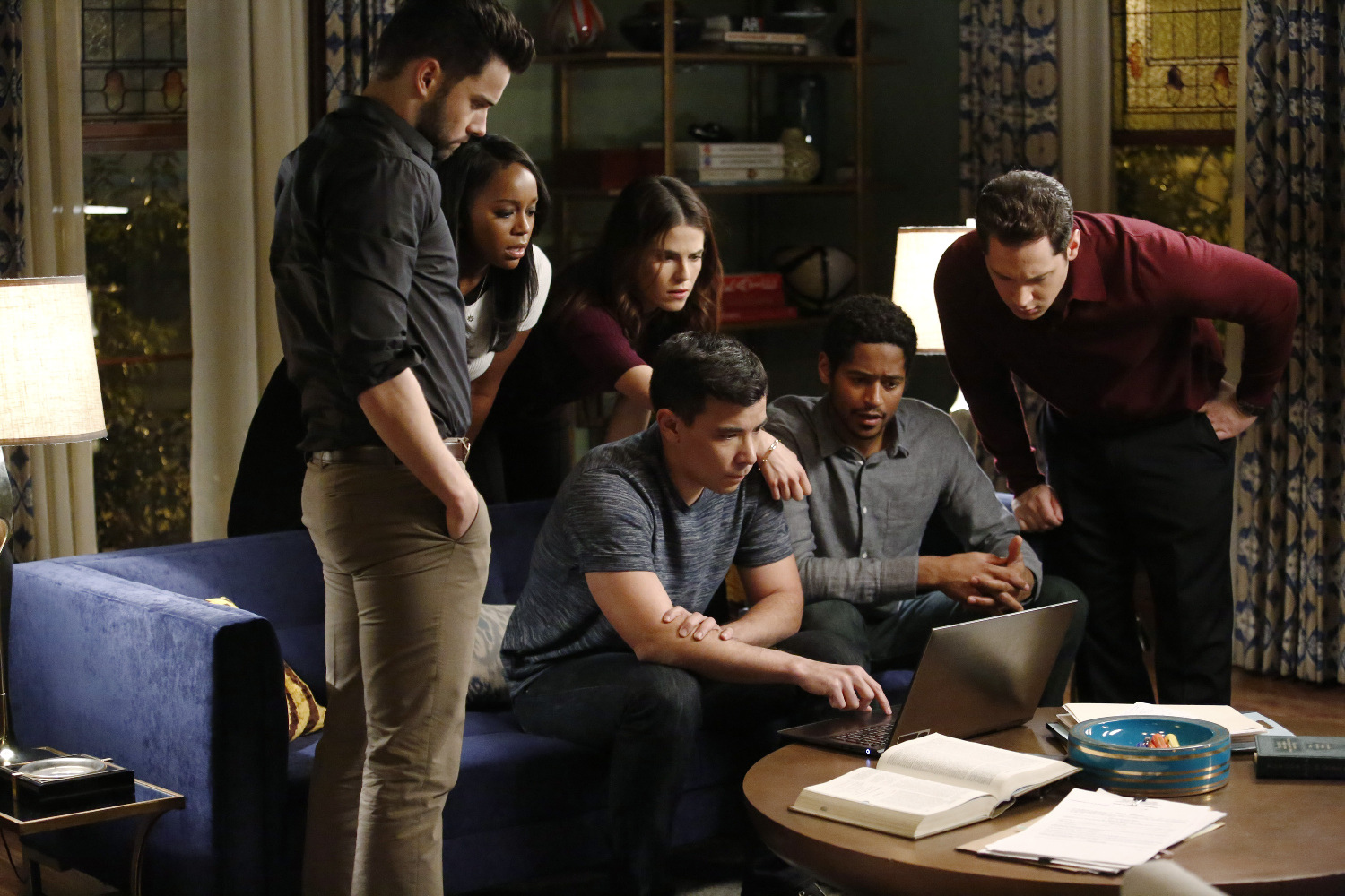 how to get away with murder 2x15 anna mae synopsis photos finale. Black Bedroom Furniture Sets. Home Design Ideas